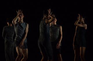 Hou Ying Dance Theater | TU TU (© Lin Xiao Yi)