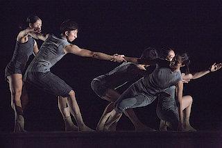 Hou Ying Dance Theater | TU TU (© Zheng Shu Yu)