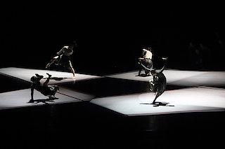 Guangdong Modern Dance Company | Sumeru (© LIN Xiaoyi)